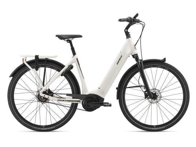 GIANT DAILYTOUR E+ 1 LOW STEP THROUGH ELECTRIC BIKE click to zoom image
